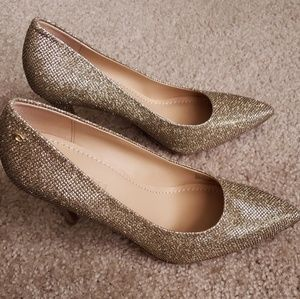 Coach Addie Gold Pumps Heels Size 7.5